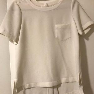 White cotton top; viscose cotton; button back